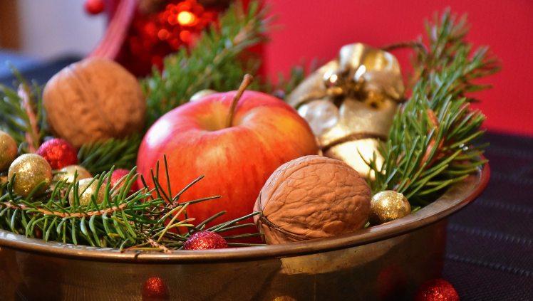 advent-apple-balls-236303